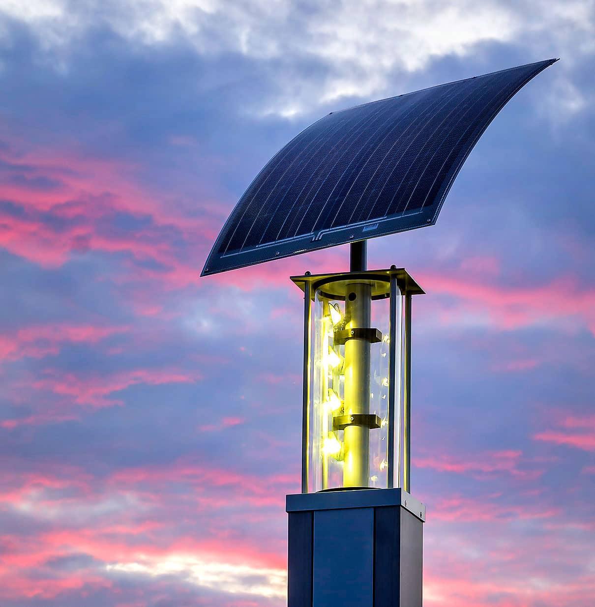 Flexible solar panels for ecoLights solar street pole | Metsolar